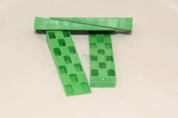 Клин монтажный, рихтовочная пластина от производителя 32, 34, 40, 42 - Комплектующие и материалы - tybet3Market.ru